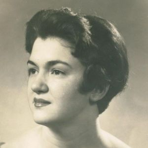 Lorraine Marie Perrou Watts